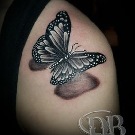 TATTOO,TATOEAGE,REALISTISCH,REALISTIC,BLACK AND GREY,VLINDER,BUTTERFLY